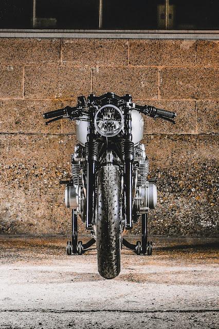 Kawasaki Zephyr 750 By Mellow Motorcycles Hell Kustom