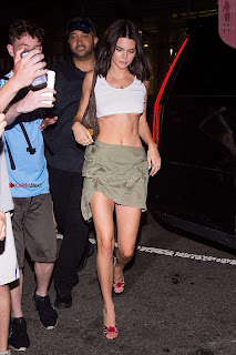 Kendall-Jenner-in-Mini-Skirt-at-Cipriani--09+%7E+SexyCelebs.in+Exclusive+Celebrities+Galleries.jpg