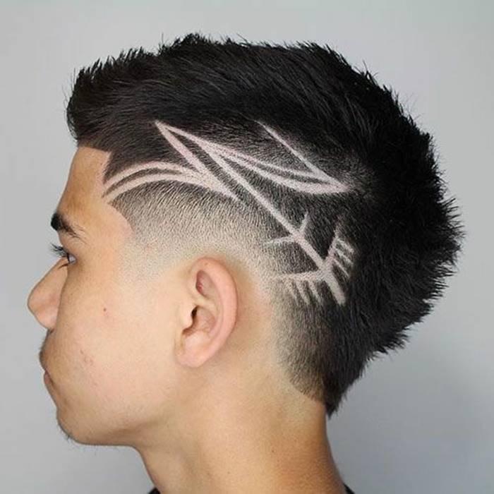 Cortes de cabelo masculino para 2020: riscos e desenhos na cabeça e nuca