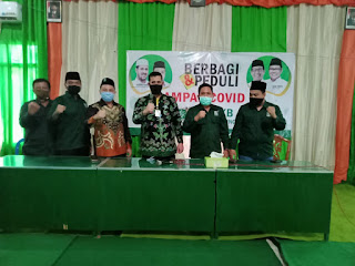 DPC PKB Kota Probolinggo Salurkan Sembako