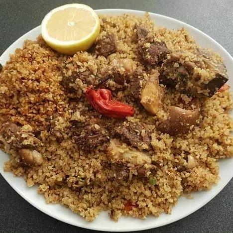 Cuisine, Mbakhalou, Saloum, riz, viande, poudre, arachide, poisson, séché, niébé, haricots, fruits, mer, piment, citron, plat, repas, déjeuner, nourriture, LEUKSENEGAL, Dakar, Sénégal, Afrique