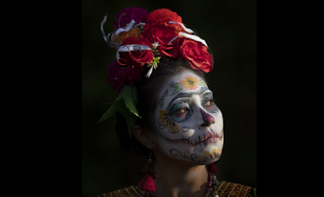 """Mexico challenges Corona by reviving the """"Day of the Dead"""""""