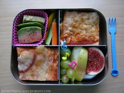 bento mania verr ckt nach der japanischen lunch box bento pizza zum fr hst ck aber gerne. Black Bedroom Furniture Sets. Home Design Ideas