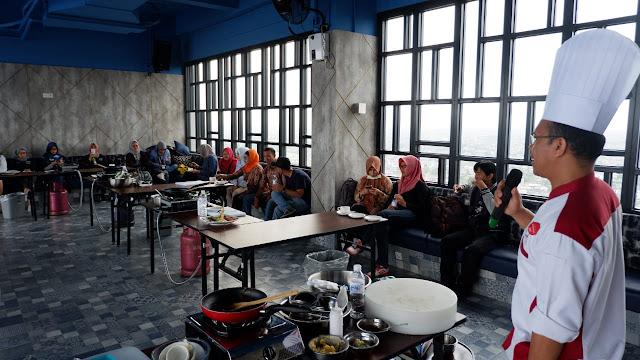 Menyambut Hari Pers Nasional, THE Zuri Hotel Palembang Gelar Pers Cooking Competition