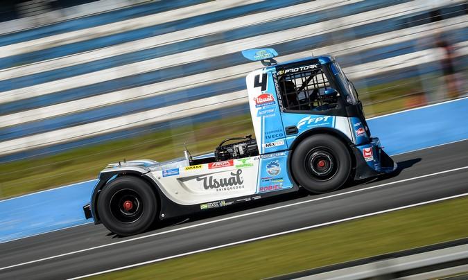 Motorização FPT acelera busca pelo título na Copa Truck 2020