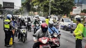 Pemkot Surabaya akan menerapkan karantina wilayah atau pembatasan akses