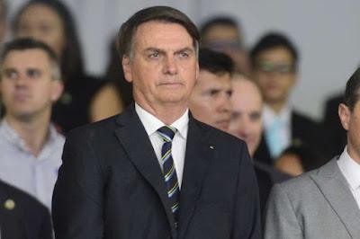Bolsonaro reafirma que não cobrará impostos de igrejas