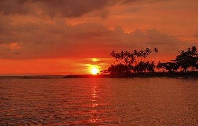 Gambar pemandangan sunset pantai
