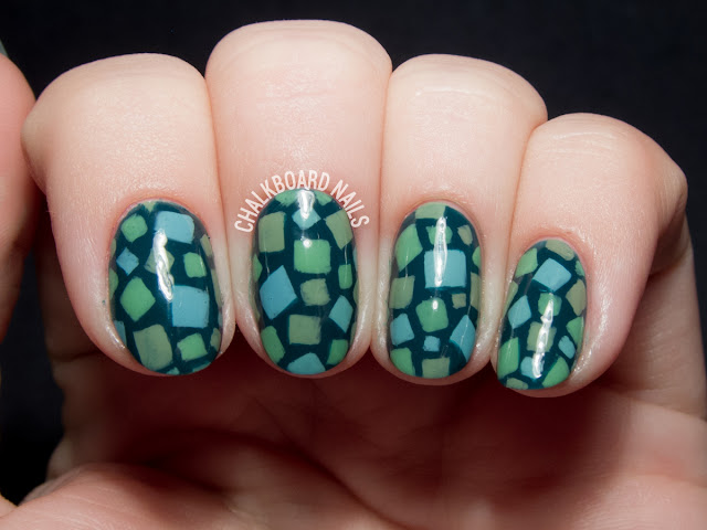 Animal Crossing grass patterned nail art by @chalkboardnails