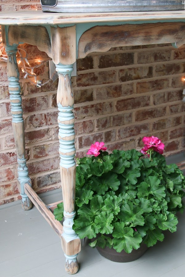 Porch Table Makeover
