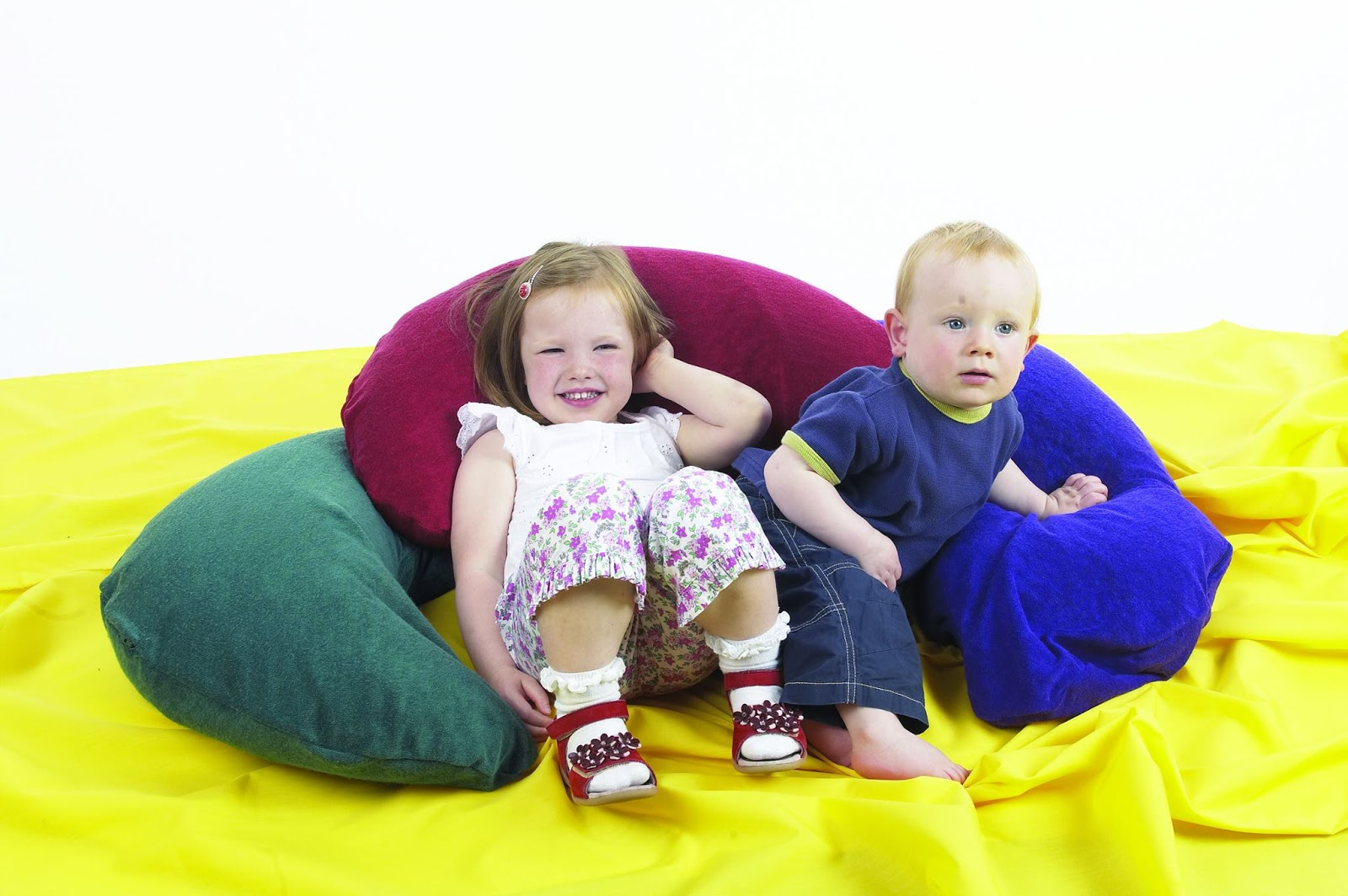 beaneezy beanbags, beanbags, clothing solutions, disabled people, children, kid's beanbags, beanbags for babies, babies furniture