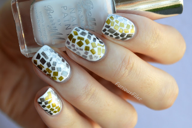 snake skin pattern mosaic chrome metallic nails