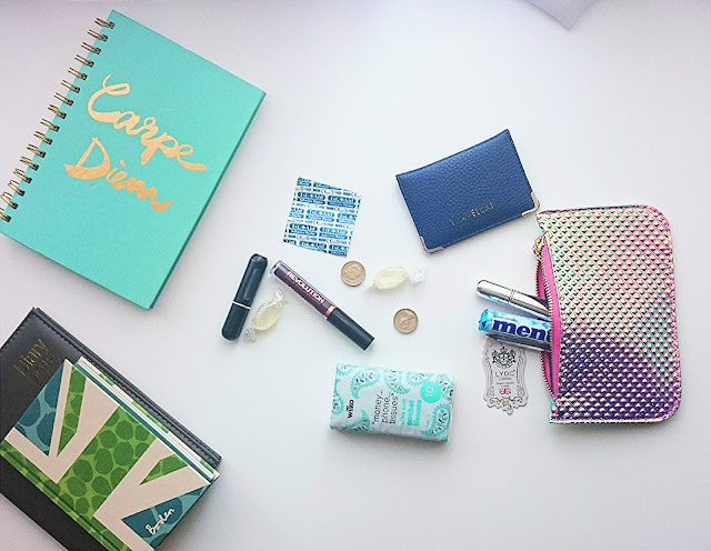 Ms_Wednesdays_Girl_Handbag_heroes_ and_essentials