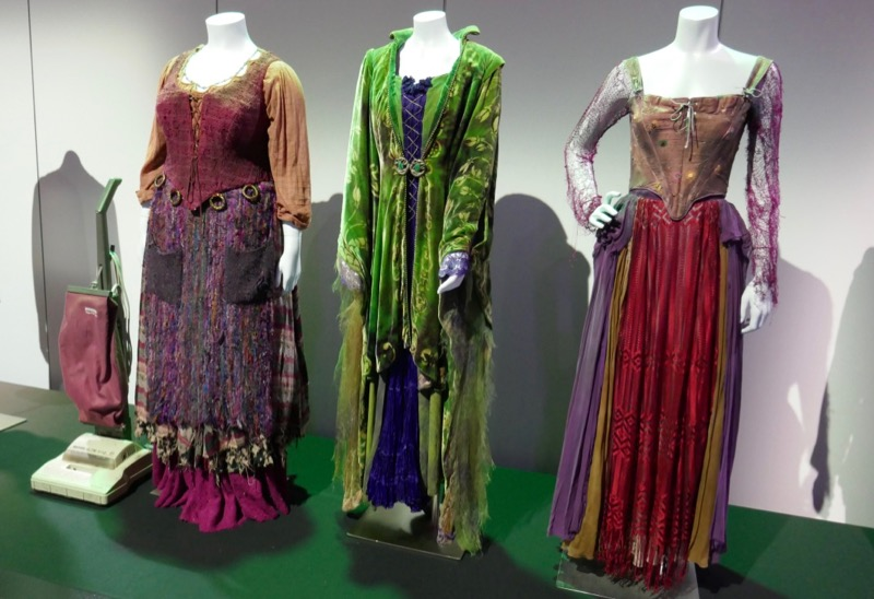 Hocus Pocus witch costumes