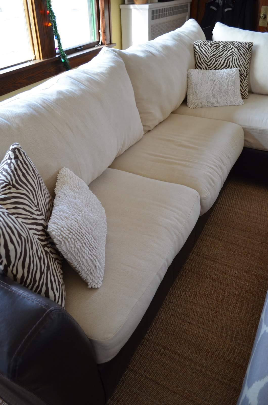 diy sofa cushions images galleries with a bite. Black Bedroom Furniture Sets. Home Design Ideas