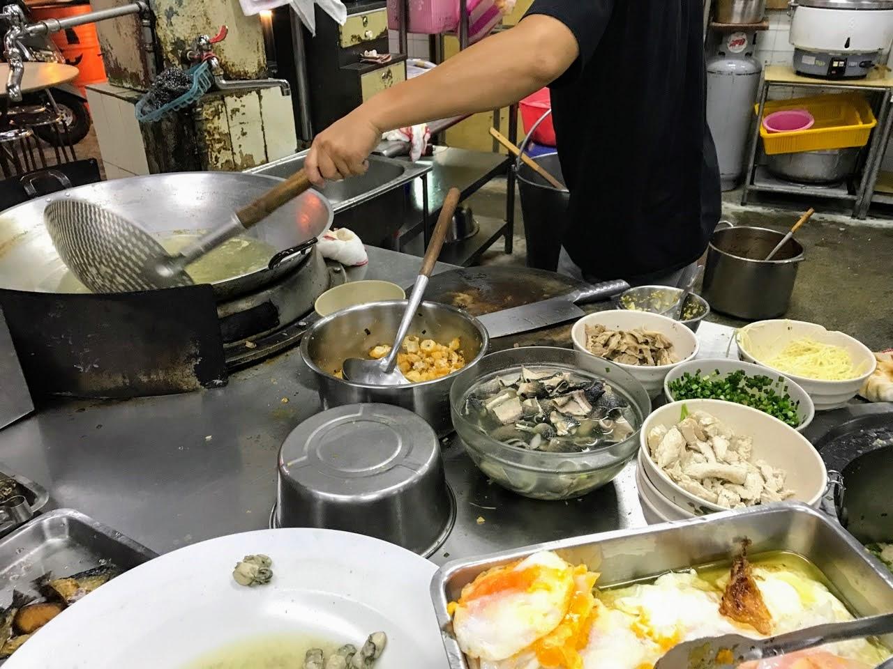 【台南 中西區】國榮肉燥飯 隱藏版肉燥飯還有那顆萬惡的半熟蛋