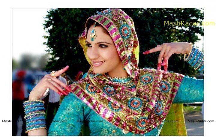 Hot actress wallpaper japji khaira hot and spicy photos - Punjaban wallpaper ...