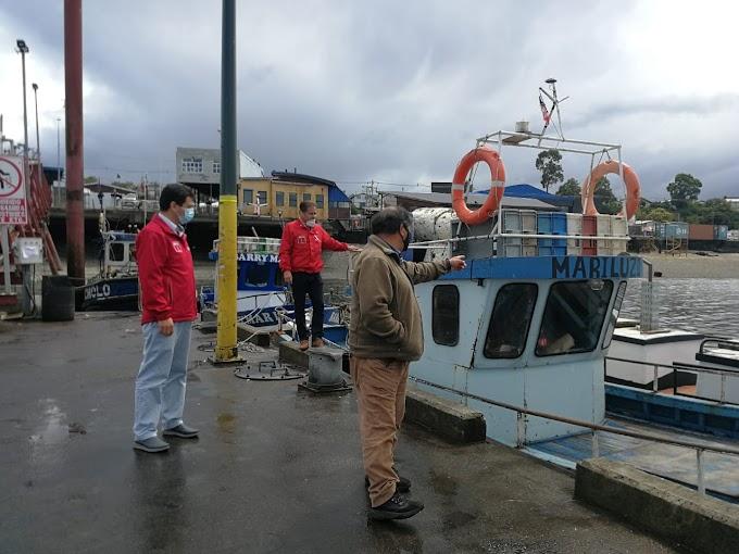 Desde radios a balsas: Pescadores de Los Lagos reciben fondos del gobierno para adquirir equipos de seguridad