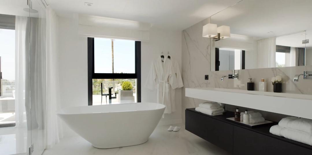 26 Interior Design Photos vs. Contemporary Luxury Villa In Nueva Andalucia, Marbella Tour