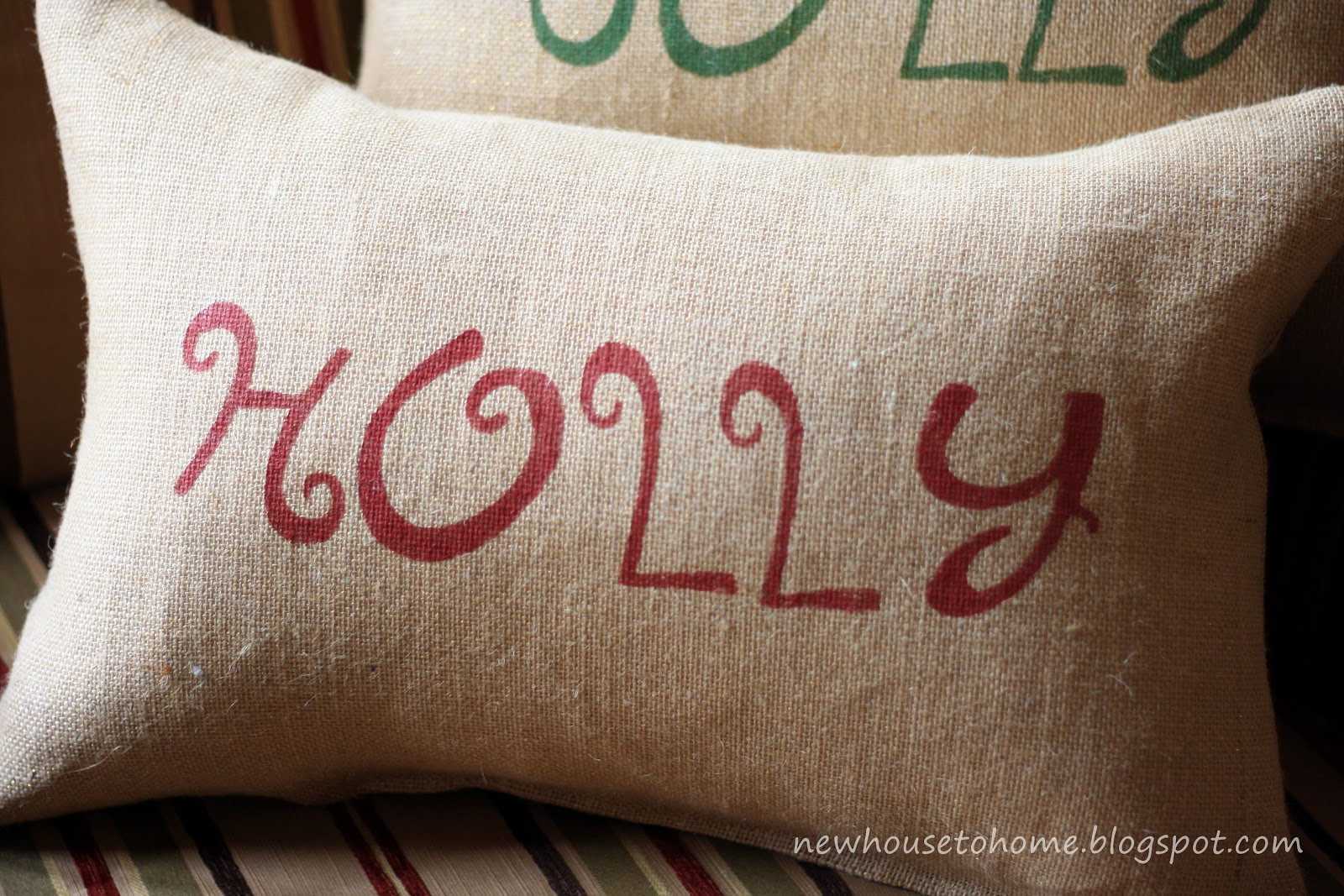 Christmas Pillows on Pinterest | Christmas Pillow, Pillows ...