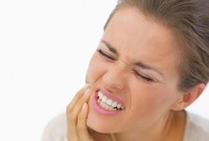 8 Makanan Yang Terbukti Secara Alami Mengurangi Sakit Gigi Anda