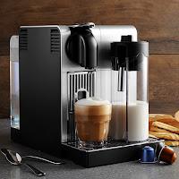 De'Longhi America Nespresso Lattissima Pro Machine