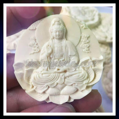 Quan Âm Bồ Tát là vị Bồ Tát có thần lực nhất, chỉ sau Phật Tổ