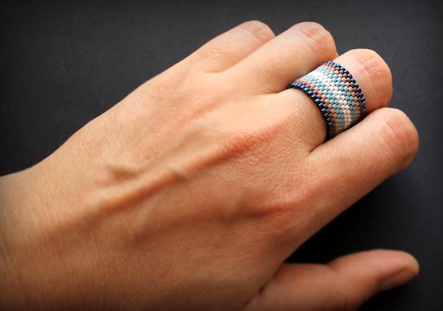 купить кольца из необычных материалов купить кольцо 15 размера
