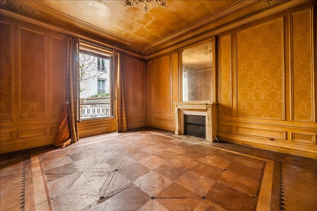 Rundown and distressed interior of a Paris fixer upper for sale seen on Hello Lovely Studio