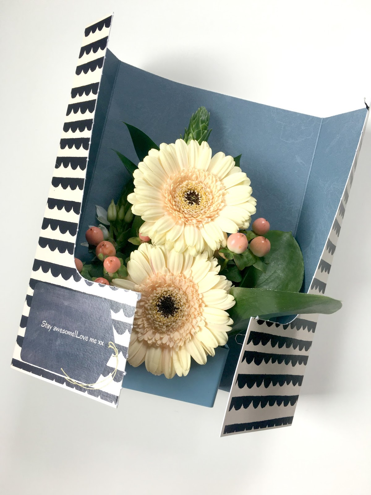 Sweet allure Lisa Stickley Flower Card Review.
