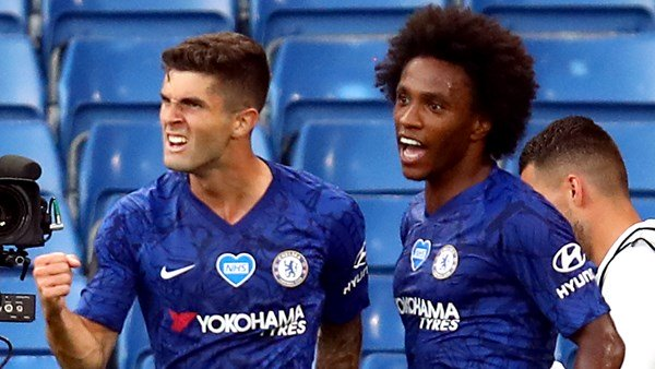 Chelsea beat Manchester City to hand Liverpool title