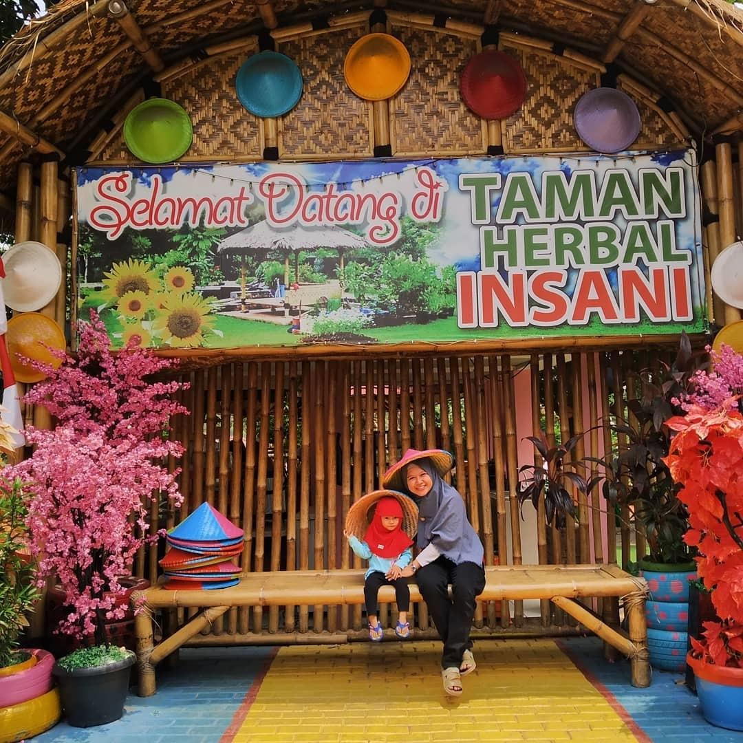 Taman Wisata Herbal Insani Kota Depok