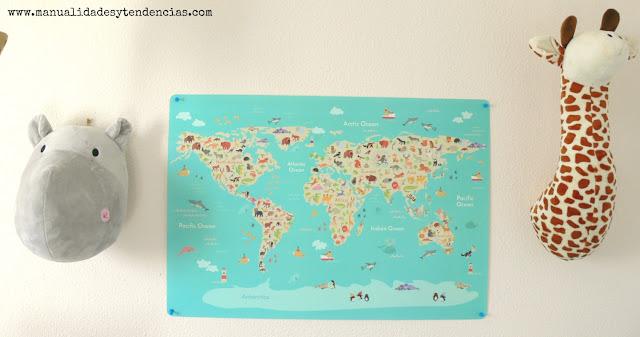 Mapamundi animales habitación infantil