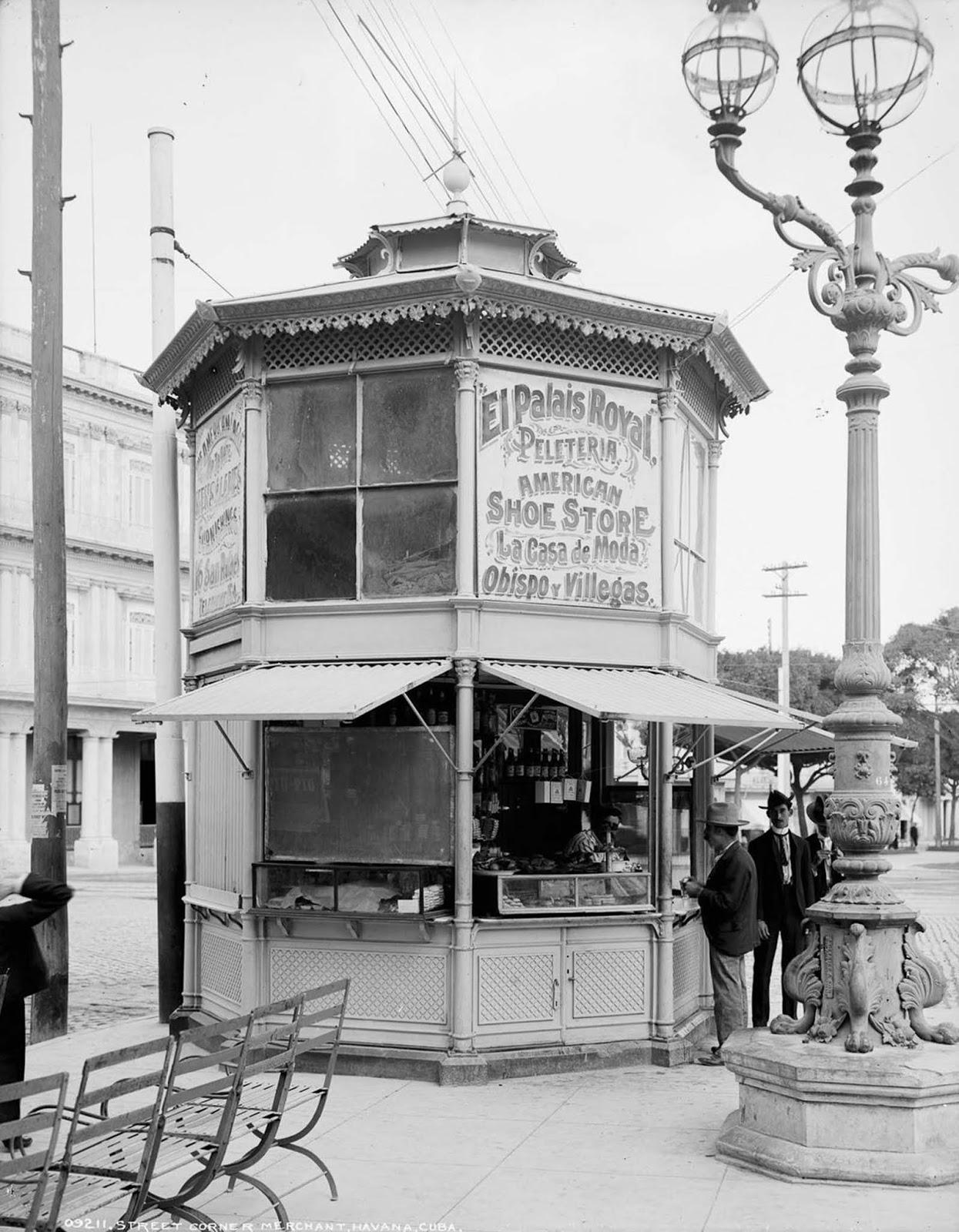 A street corner merchant. 1904.