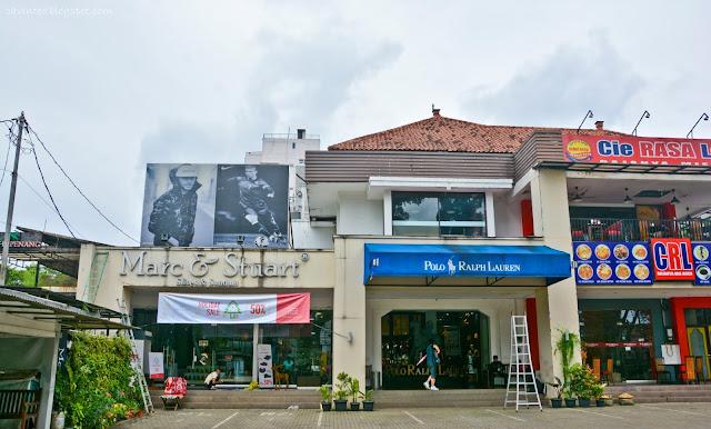 timeless design fece7 f1523 Entree Kibbles: Branded Factory Outlet Shopping - Rumah Mode ...