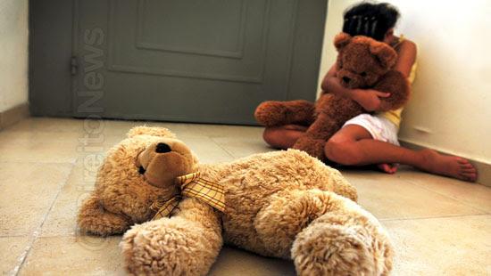 sexual menores 14 anos criminoso direito