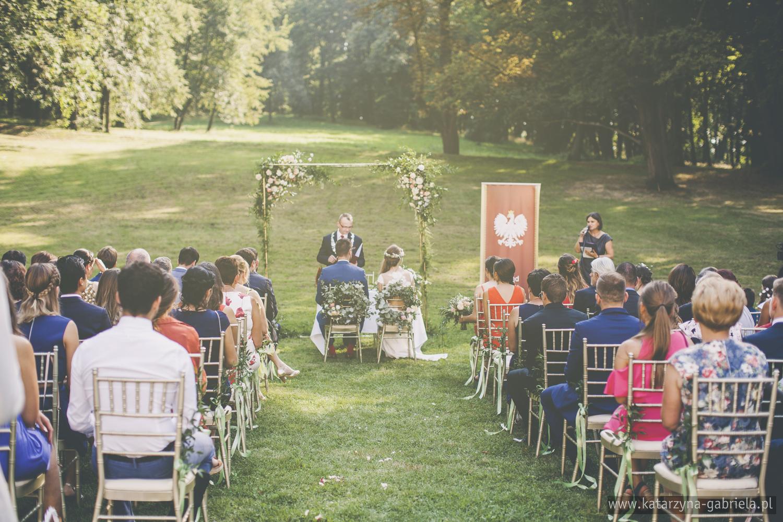 Ślub w Ogrodzie, Ślub w Krakowie, Śluby międzynarodowe, Polsko Francuskie wesele, Ślub Cywilny w plenerze, Ślub w stylu francuskim, Romantyczny ślub, Wesele w Pałacu Goetz, Blog o ślubach, Najpiękniejsze śluby w Polsce