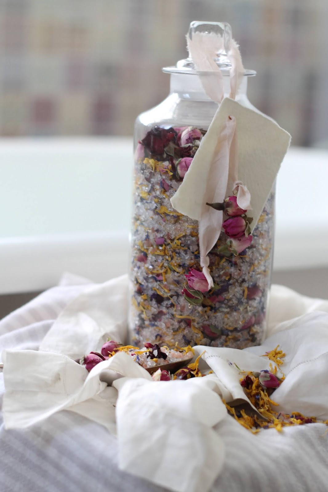 DIY – Floral Bath Salts in collaboration with Polly's Petals
