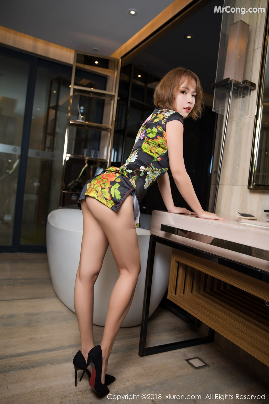 Image XIUREN-No.1264-Ya-Wen-MrCong.com-001 in post XIUREN No.1264: Người mẫu Ya Wen (雅雯) (61 ảnh)