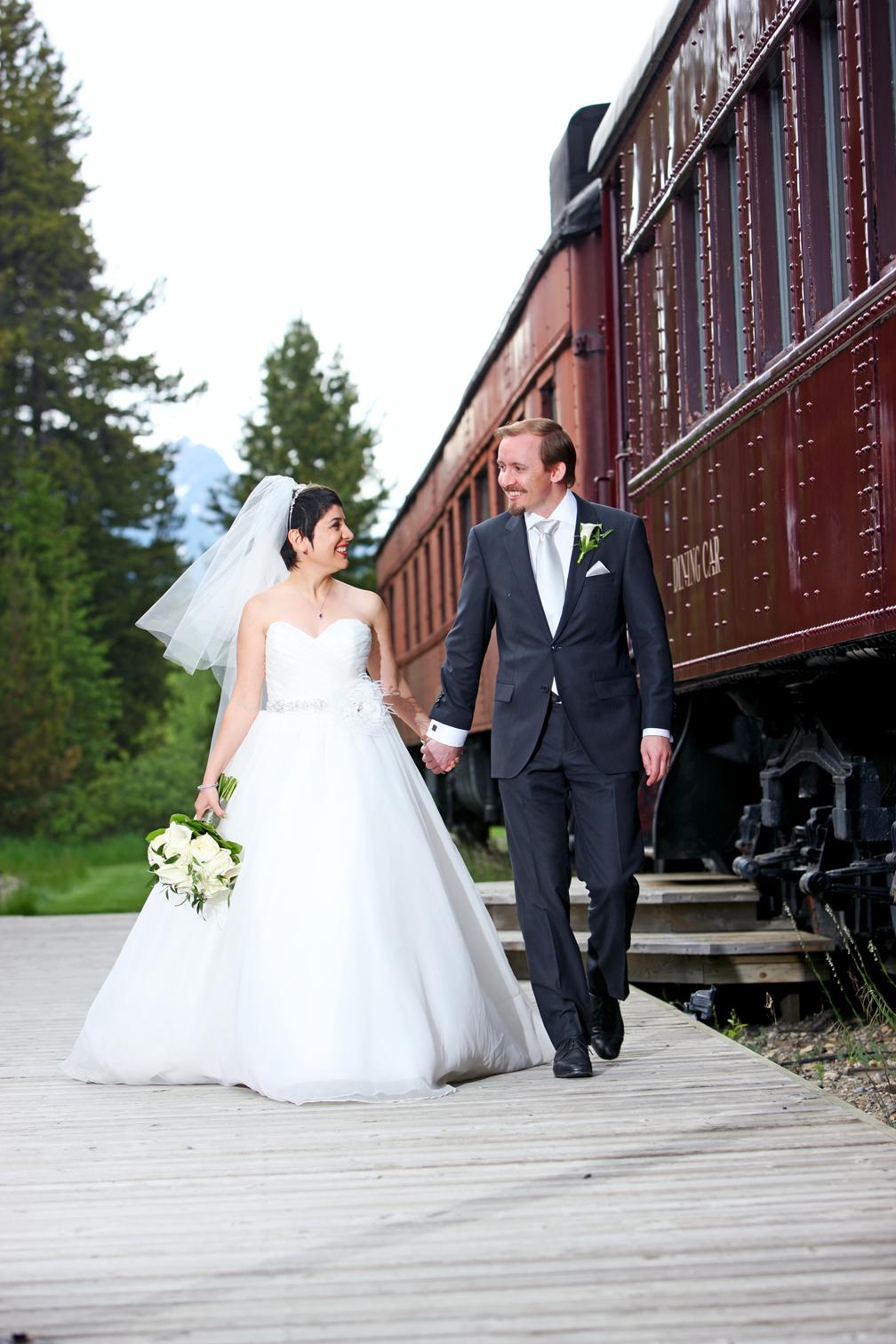 Summer Wedding Fairmont Chateau Lake Louise
