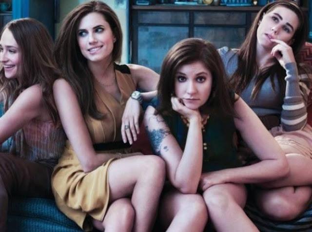 اليكم 8 أنواع من النساء.. لا تقترب منهن حتى لو أحببت إحداهن ابتعد قدر الامكان ولا تنظر إلى الوراء