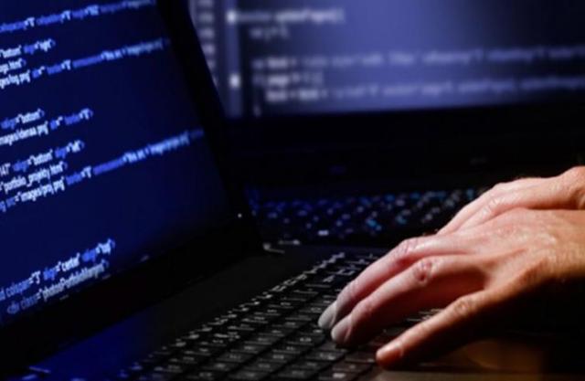 Νέα διαδικτυακή απάτη… Πλάθουν θλιβερές ιστορίες και αποσπούν χρήματα