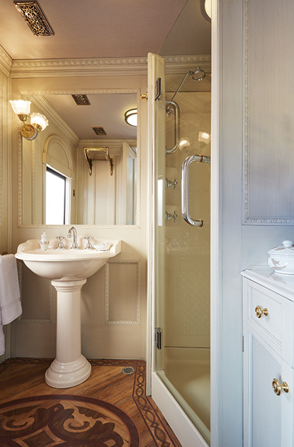 Belmond Andean Explorer Train | The first luxurious train of South America
