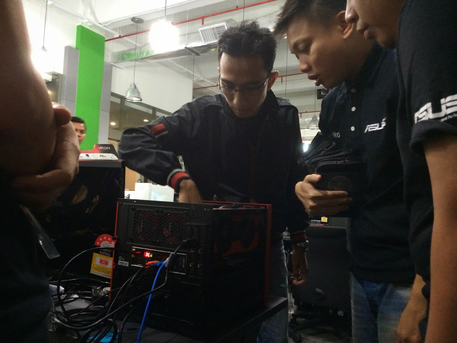 Coverage for ASUS LAN Party: DAY 3 9