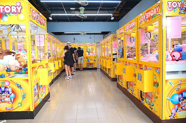 DSC06268 - 台中娃娃機文化│何娃娃機店如何攻佔台中各大商圈?你家附近是否也是夾娃娃滿天下呢