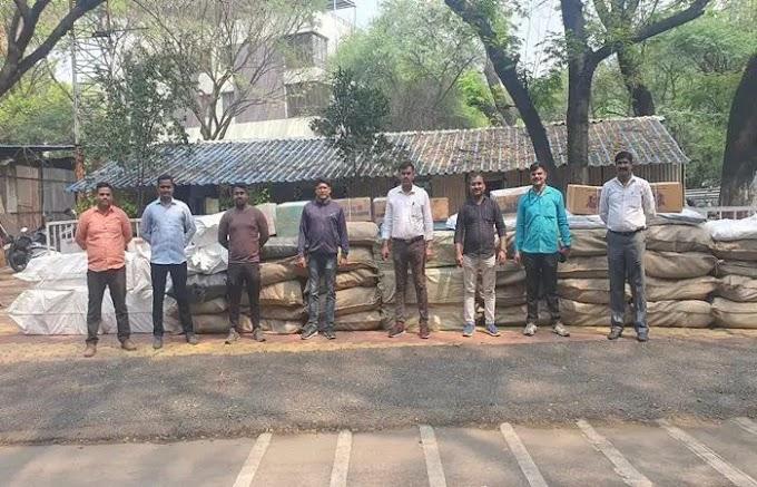 वानवडी पोलिसांनी 29 लाखाचा गुटखा व प्रतिबंधात्मक पान मसाला पकडला. याप्रकरणी सहा जणांविरुध्द गुन्हा दाखल केला .