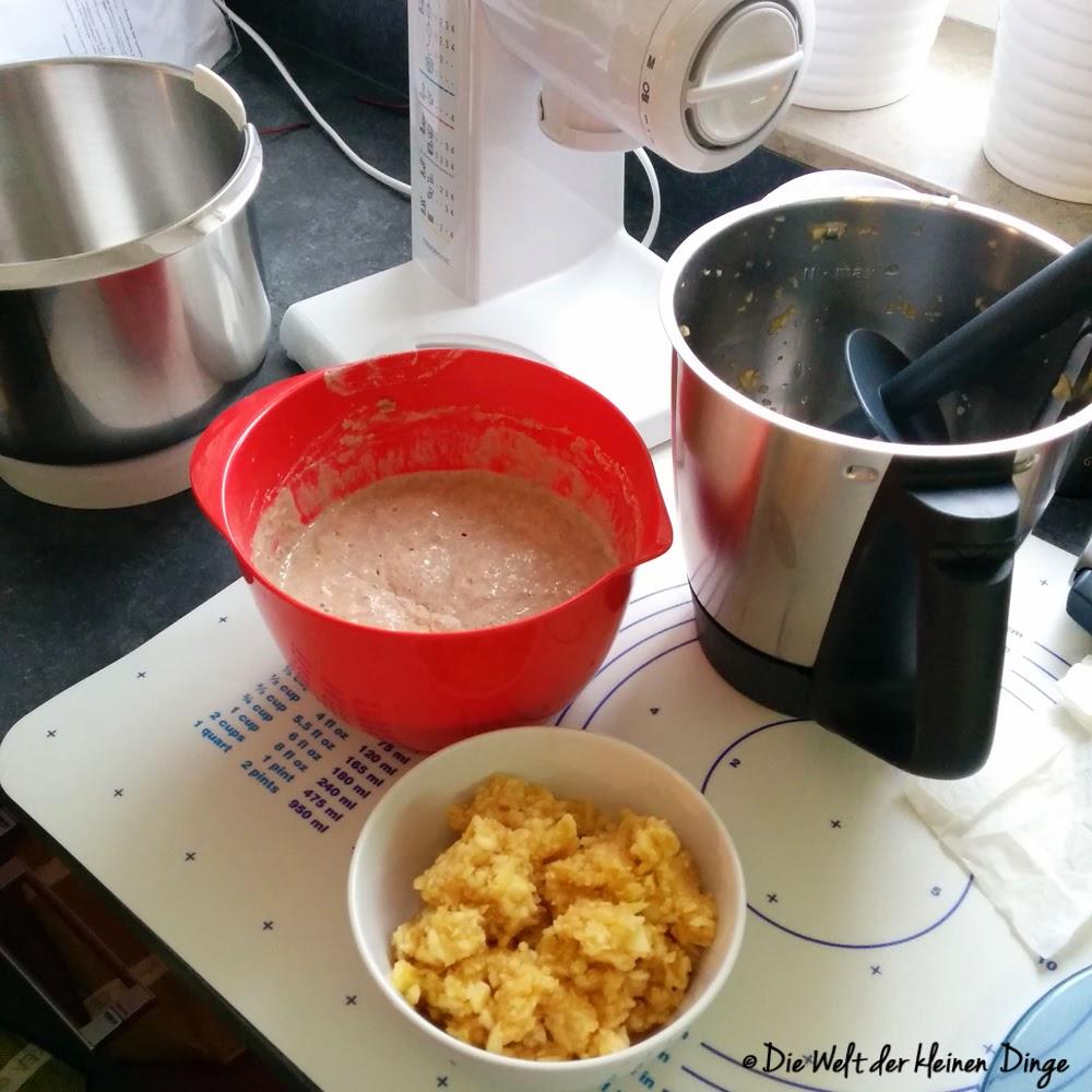 Die Welt der kleinen Dinge: Apfelbrot Vorbereitungen