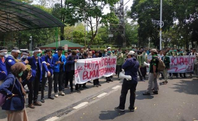 BEM-SI Kritisi Sikap Pemerintah Terkait Kebakaran Hutan Riau