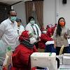 Dukung Vaksinasi Massal Perpusnas, Sekjen Kemenkes Kantongi Piagam Penghargaan
