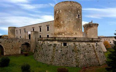 """Museo archeologico """"Mario Torelli"""" di Venosa,   scrigno prezioso e luogo della speranza"""